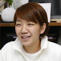 【インタビュー】「女性職人はあたりまえ。出産後も続けられる」 左官職人の福吉奈津子さん